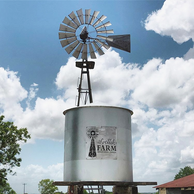 Svetlik Farm cistern